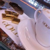 Foto tirada no(a) Dolce & Gabbana Gold Restaurant por barbara gemma la malfa @. em 7/6/2013