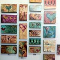 Photo taken at Arte De Origen Paraiso by Ana I. on 10/25/2012