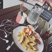 Photo taken at South Avenue Diner and Grill by Farhana H. on 4/7/2017