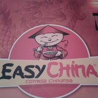 Photo taken at Easy China by Saulo G. on 2/23/2013