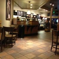 Photo taken at Starbucks by Ugur L. on 10/5/2012
