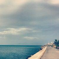 11/2/2012 tarihinde merve u.ziyaretçi tarafından Güzelbahçe Sahili'de çekilen fotoğraf