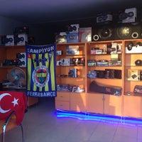 Photo taken at Kanal Elektronik by Türk Hüseyin I. on 7/25/2013