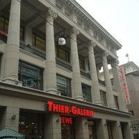 Das Foto wurde bei Thier-Galerie von Danijela . am 1/17/2013 aufgenommen