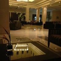 Foto scattata a Old Lobby at Rixos Sharm El Sheikh da Anna C. il 3/6/2013