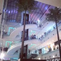 Foto tomada en Centro Comercial Cacique por f7kmg el 11/18/2012