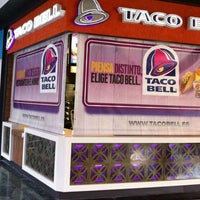 Photo taken at Taco Bell by Taco Bell España on 6/26/2013