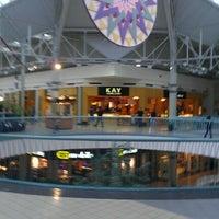 รูปภาพถ่ายที่ York Galleria Mall โดย Anthony S. เมื่อ 11/3/2012