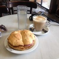 Photo taken at Cafe de Indias Coffee Shop by Roberta K. on 9/24/2013