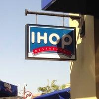 Foto tomada en IHop por Faiz Ahmad S. el 3/16/2013