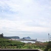 Photo taken at 곰섬파라다이스펜션 by hyejin on 6/23/2013