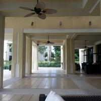 Das Foto wurde bei Boca Raton Marriott at Boca Center von Shay T. am 11/23/2012 aufgenommen