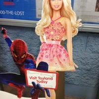 Foto diambil di Walmart Supercenter oleh Wendy A. pada 11/12/2012