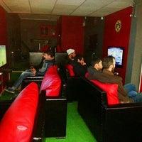 Photo taken at Şahin Playstation Salonu by Karahasanoğlu R. on 12/28/2013