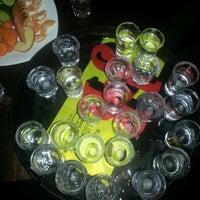 11/22/2013 tarihinde VeyselKaan S.ziyaretçi tarafından Soho Club'de çekilen fotoğraf