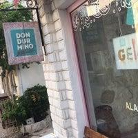 9/17/2017 tarihinde Selin D.ziyaretçi tarafından Dondurmino Gelato'de çekilen fotoğraf