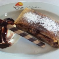Foto tomada en La Cima Restaurant Bar por Mario T. el 10/20/2012
