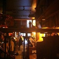 Das Foto wurde bei Shamrock Irish Pub von Roberto C. am 10/25/2012 aufgenommen