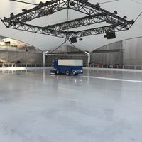 Photo taken at Crown Center Ice Terrace by Joshua T. on 12/10/2017