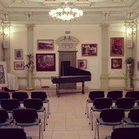 Photo taken at Культурный центр «Покровские ворота» by Philip N. on 3/5/2013