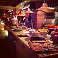 รูปภาพถ่ายที่ Chez Panisse โดย herman c. เมื่อ 12/29/2012