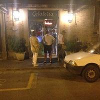 Foto scattata a Gelateria Bar Trieste da Giovanna T. il 7/22/2014