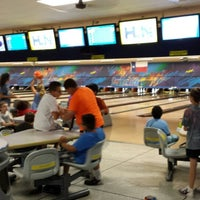 Photo taken at Brunswick Zone Thousand Oaks Bowl by LeaBeth M. on 5/28/2013
