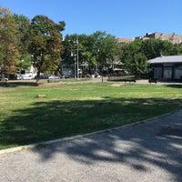 Das Foto wurde bei Devoe Park von Harlem's H. am 9/4/2016 aufgenommen