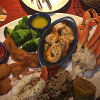 Photo taken at Red Lobster by Kostia on 12/8/2015