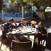 Photo taken at İncir Cafe & Restaurant by seher y. on 10/19/2013