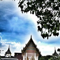 Photo taken at วัดทองพุ่มพวง by Chatchai A. on 5/12/2014