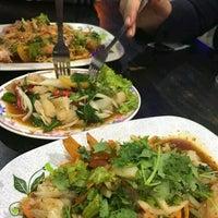 Photo taken at Tasnim Seafood by Wafi R. on 5/16/2017