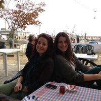 Photo taken at Hoşköy Sahil Parkı by Ezgi Ç. on 10/27/2012