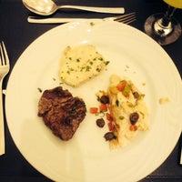 Photo taken at Restaurante Flamboyant by Thais M. on 1/19/2014