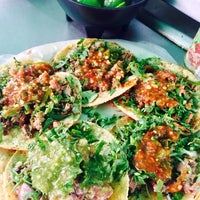 Photo taken at Tacos Chuy by Georgina B. on 5/12/2017