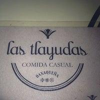 Foto tomada en Las Tlayudas - Comida Casual Oaxaqueña por Georgina B. el 7/10/2013
