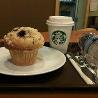 10/29/2012 tarihinde İlayda T.ziyaretçi tarafından Starbucks'de çekilen fotoğraf