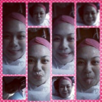 Photo taken at MOLAVE skin care clinic by Malyn F. on 3/22/2013