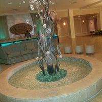 Das Foto wurde bei One Ocean Resort & Spa von KOBIE am 7/7/2013 aufgenommen
