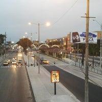 Das Foto wurde bei Mall del Sur von Marlon R. am 7/11/2013 aufgenommen