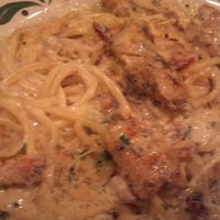 Photo taken at Olive Garden by DeShannon on 10/27/2012
