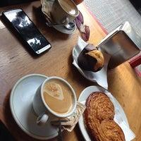 Photo taken at La Boulangerie by Marcela G. on 8/14/2014