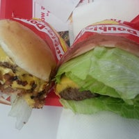 Photo taken at In-N-Out Burger by David Y. on 7/24/2013