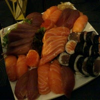 Photo taken at Sakanã Sushi & Hand Rolls by Ben Hur C. on 12/15/2012