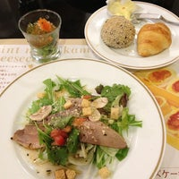 Photo taken at ベーカリーレストラン サンマルク 京都伏見店 by くっちん on 9/14/2013