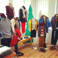 Photo taken at Lands' End Showroom by xoJohn.com on 7/23/2014