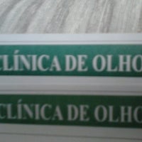 Photo taken at Clinica de Olhos by Ueslei N. on 5/2/2013