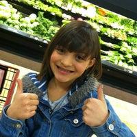 Photo taken at Giant Eagle Supermarket by Melissa on 11/6/2012