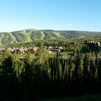 Photo taken at Moonlight Lodge by Kelly Mie Lan H. on 7/26/2014