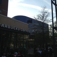 Photo taken at Starbucks by Dream on 4/16/2013